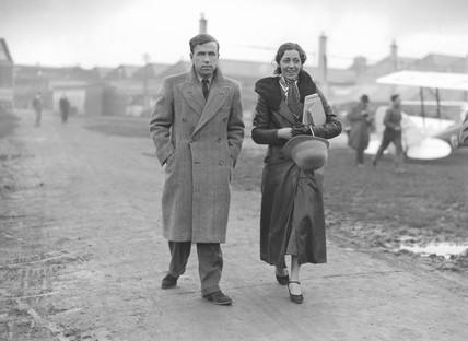 Amy Johnson and her husband, James Mollison, 8 November 1932.