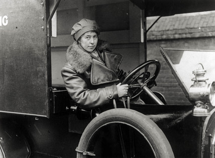 Member of First Aid Nursing Yeomanry (FANYs) in an ambulance, 1914-1918.