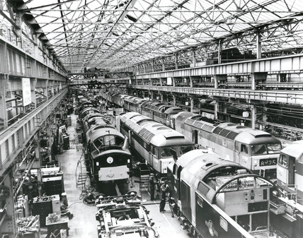 Clas 40 and 47 diesel-electric at Crewe Works, 1950-1963.