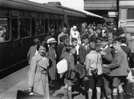 Evacuees at Maidenhead station, Berkshire, June 1940.