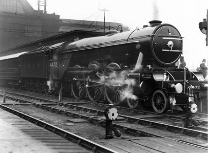 'Flying Scotsman' at London King's Cros 1928.
