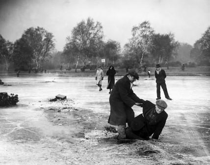 Man falling through the ice, Wimbledon, London, 27 January 1932.
