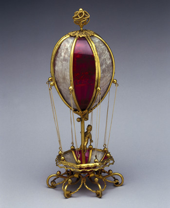 Model of a balloon in glas and metal from, late 18th century.