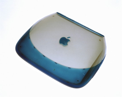 Blueberry iBook, 2000.