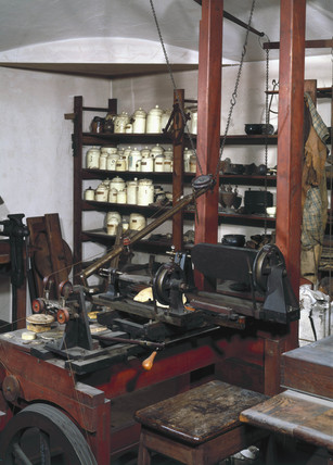 A view of James Watt's workshop, early 19th century.