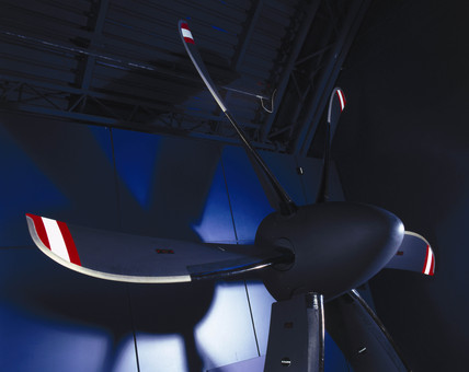 Dowty advanced R391 propeller system, 1999.