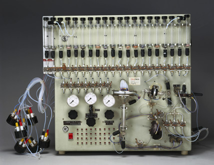 DNA synthesiser, c 1980.
