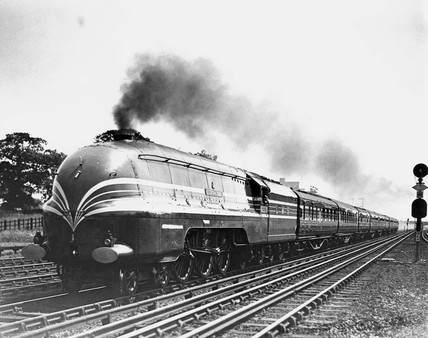 'The Coronation', steam locomotive No 6220, cla