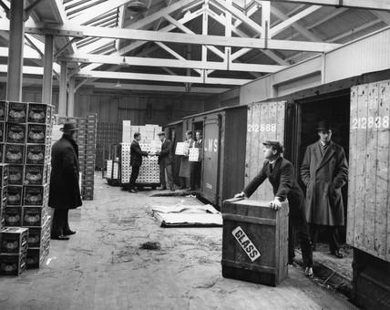 Carr's Depot, 6 December 1927.