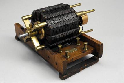 Original Tesla induction motor, 1887-1888.