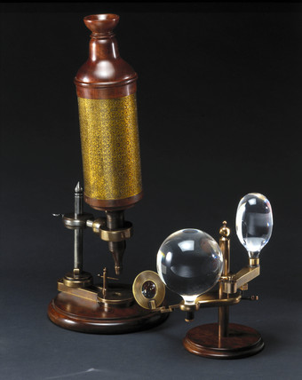 Hooke's compound microscope, c 1665.