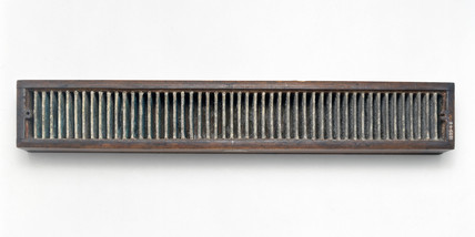 Cruickshank's galvanic trough, 1801-1838.