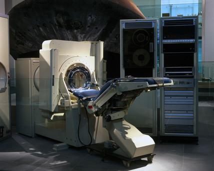CT brain scanner, 1970-1971.