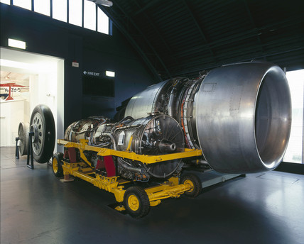 Rolls-Royce RB211 and Olympus 593 Mk 3B aero engines, October 2000.