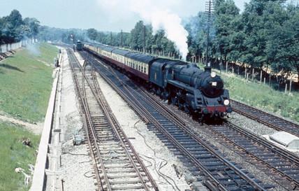 A British Railways Standard Clas 5 4-6-0