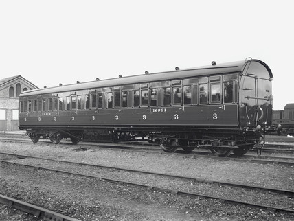 Third clas railway carriage, Wolverton Works, 14 October 1933.