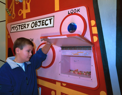 'Mystery Object' exhibit, 'Things' Gallery, Science Museum, London, 2000.