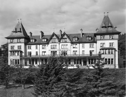 The Highland Hotel in Strathpeffer, Scottish Highlands, 19 August 1936.