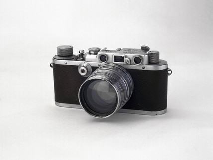 'Leica IIIa' camera, made by Leitz, 1935-1950.