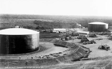 Petroleum tanks, Mexico, 1901-1910. Photogr