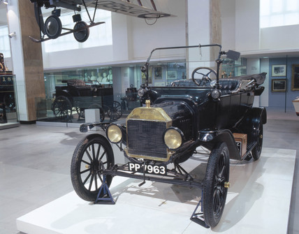 1916 Ford Model 'T' car, Science Museum, London.