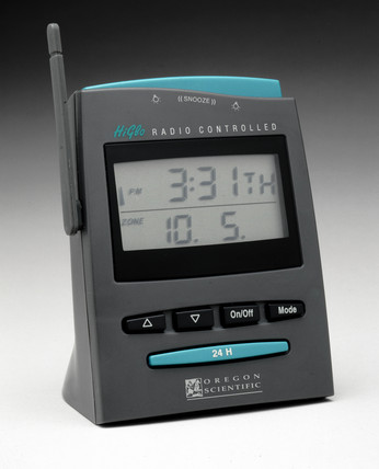 Radio-controlled desk clock, American, 2000.
