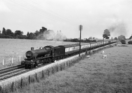 'Sketty Hall' steam locomotive with paseng