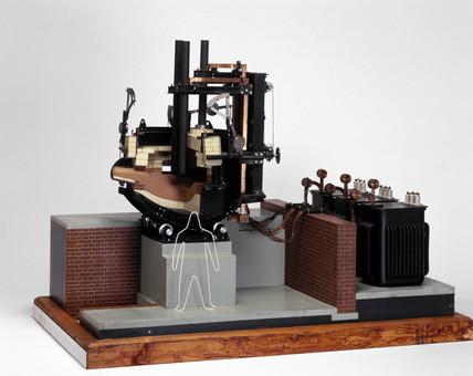 Heroult electric steel-making furnace, 1906-1914.