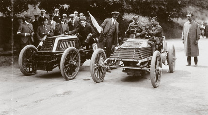 C S Rolls' 80 hp Mors (left) competing against a Wolseley, Ireland, 1903.