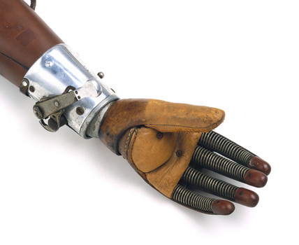 Hand from an artificial arm, 1920-1925.