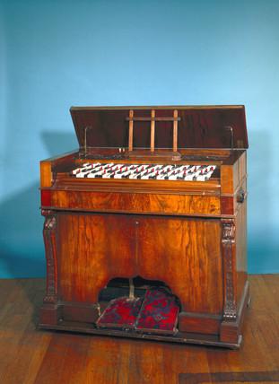 Bosanquet's enharmonic harmonium, c 1876.