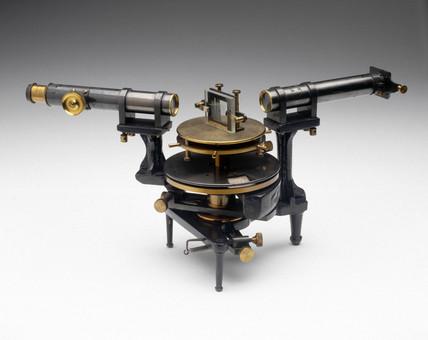 Grating spectrometer, 1882-1905.