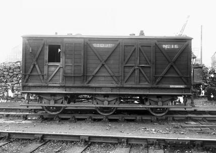 Somerset & Dorset Joint Railway six-wheeled
