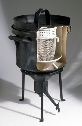 Ice calorimeter, late 18th century.