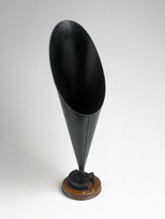 Straight horn loudspeaker, 1921.