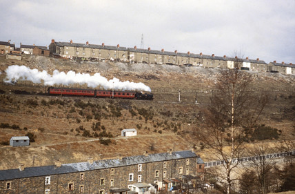 Steam locomotive near Crumlin High Level st