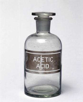 Standard reagent bottle, 20th century.