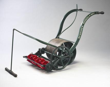 Budding's patent lawn mower No 3157, 1832.