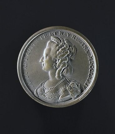 Queen Marie Antoinette, bronze commemorative medal, 1784-1790.