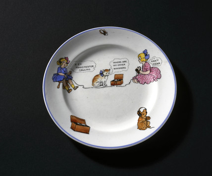 Child's china teaplate, c 1922.