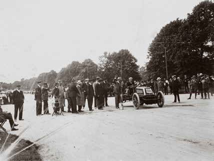 C S Rolls at the start line at Phoenix Park, Dublin, Ireland, 1903.