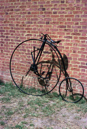 Singer 'Xtraordinary' safety bicycle, c 1884.