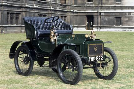 Humberette motor car, 1903.