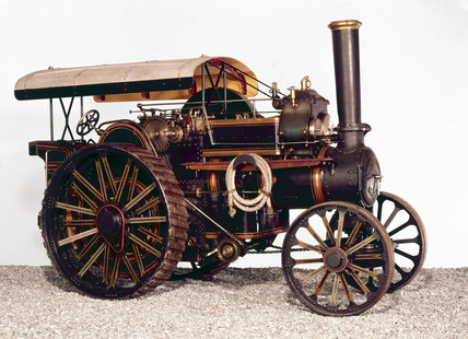 Fowler traction engine, 1910.