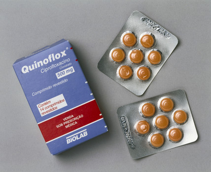 Ciprofloxacin anthrax treatment, 2000.