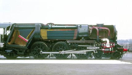 'Ellerman Lines' steam locomotive No.35029,