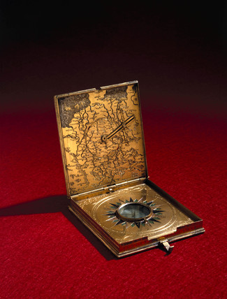 Tablet sundial, German, 1566.