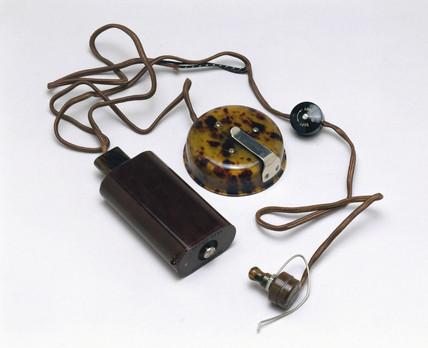 Hearing aid, c 1929.