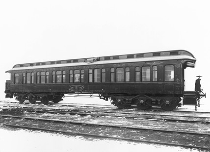 Midland Railway 'Windsor' dining saloon car, c 1930.