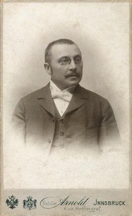 Gustav Adolph Kroupa, 1901.